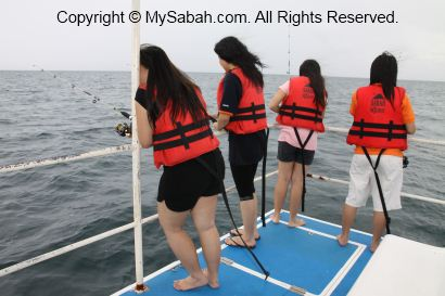 Deep sea fishing in Usukan Cove Lodge