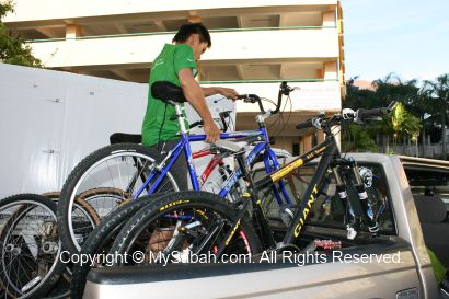 Loading our mountain bikes