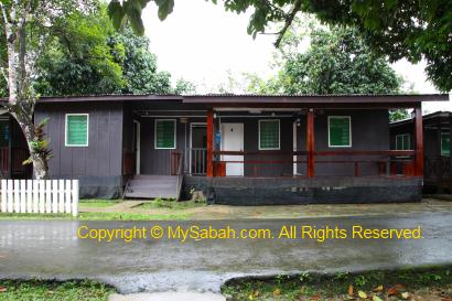 Accommodation of Barefoot Sukau Lodge