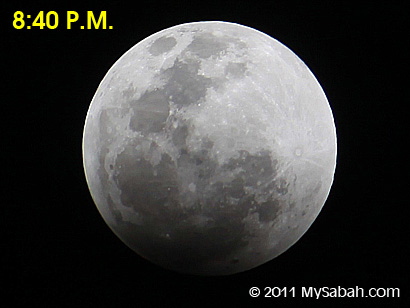 lunar eclipse at 8:40pm