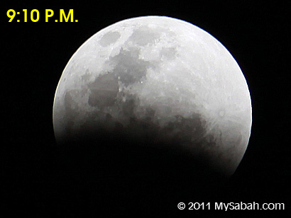 lunar eclipse at 9:10pm