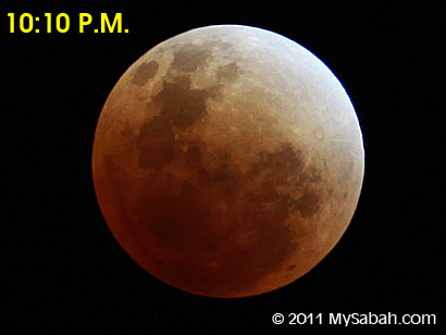 full lunar eclipse at 10:10pm
