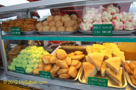 colorful Sabah breads in display