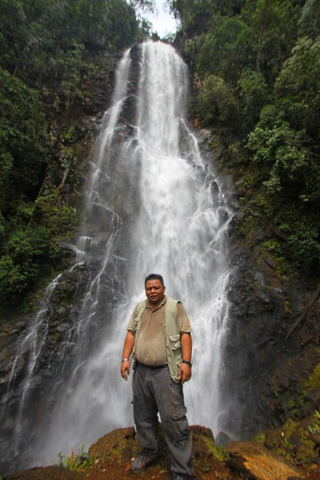 Encik Ismailey at Tawai Waterfall