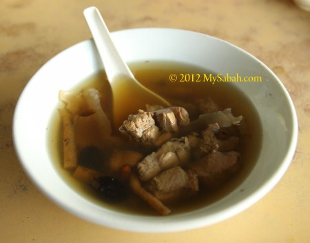 snake herb soup in Telupid town