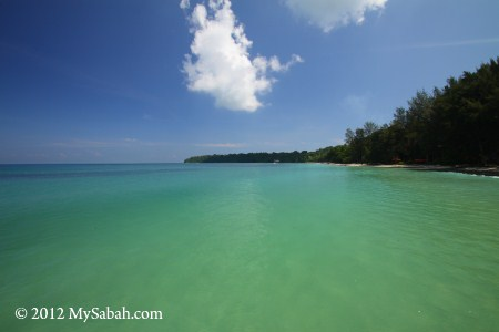 sea of Pulau Tiga, Survivor Island