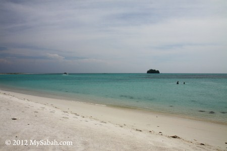 Pulau Kalampunian Besar