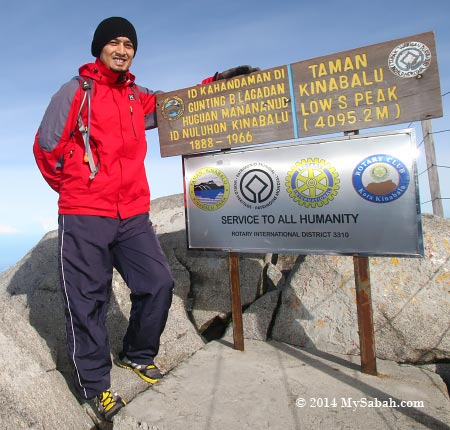 tourists on the summit of Mt. Kinabalu