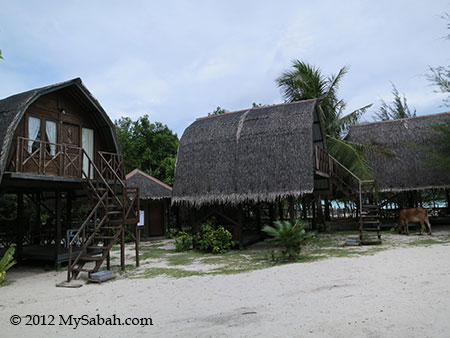 Mari-Mari Backpackers Lodge (Mantanani Island)