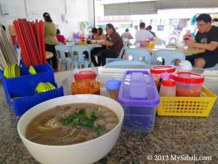 ordering Ngiu Chap / Ngau Chap