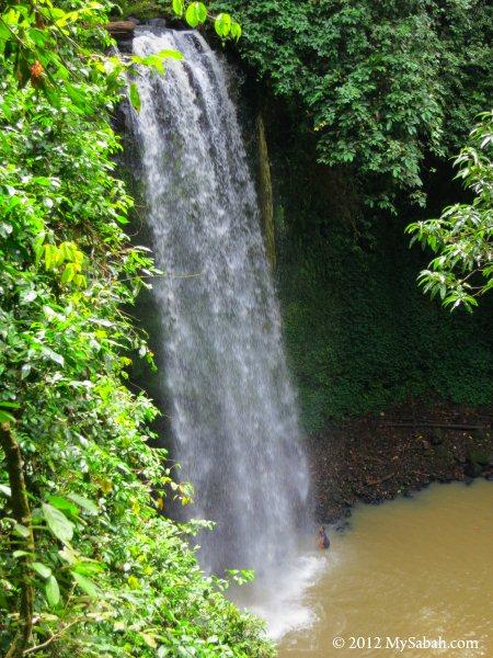 Kunak Waterfall