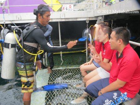 briefing before sea walking