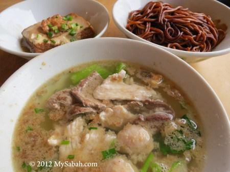 Kon Lau Pork Noodle