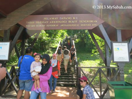 starting point to hike Skull Hill (Bukit Tengkorak)