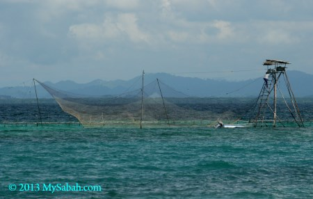 Bagang fishing platform in Darvel Bay