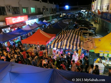 night market of Semporna