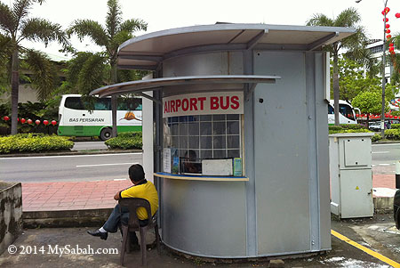 ticketing booth of Airport Bus