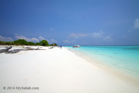 white sandy beach of Mengalum Island