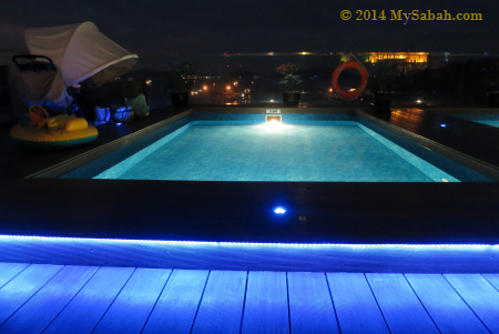 swimming pool of Sky Blu Bar