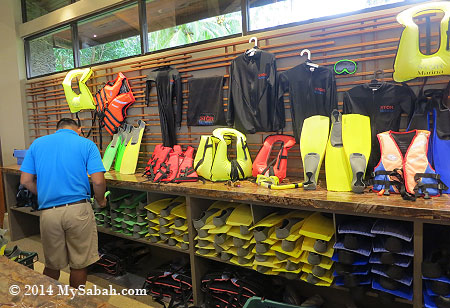 snorkelling set for rent