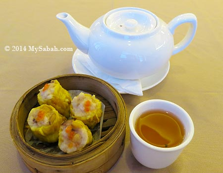 dim sum with tea