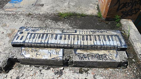 keyboard graffiti