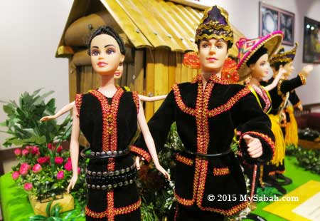 dolls of Kadazan couple