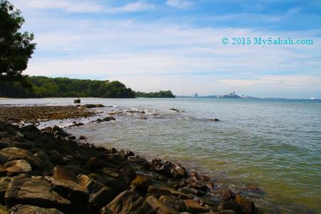 rocky beach of UMS