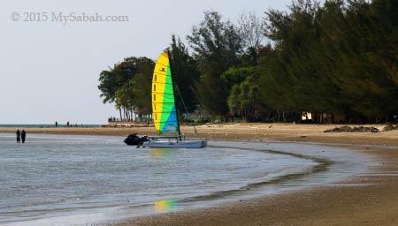 sail boat at Tanjung Aru Beach