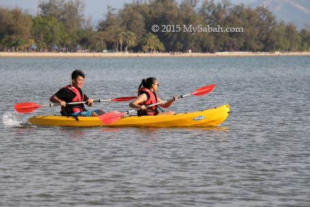kayaking in Tanjung Aru Beach