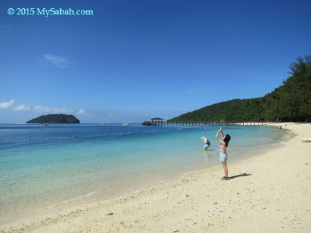 beach of Pulau Manukan