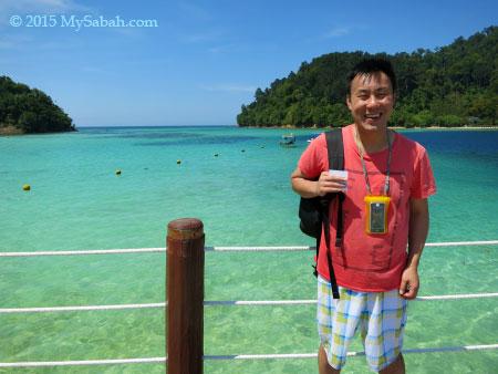 tourist photo at jetty