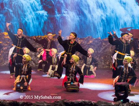 dance by Orang Sungai