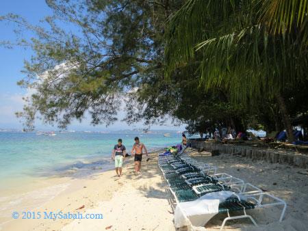 private beach of Mamutik