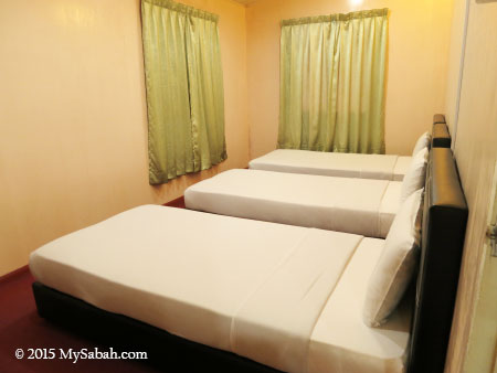 triple-sharing bedroom of Tahubang Lodge