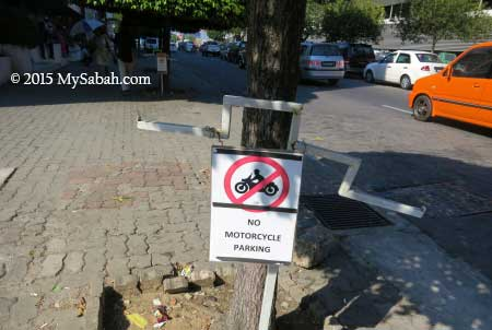 no parking for motorcycle