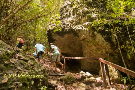 jungle trekking to the peak of Bohey Dulang