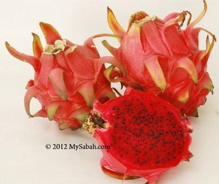 pitaya (red flesh)
