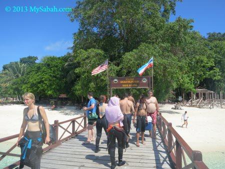 boardwalk to Sipadan