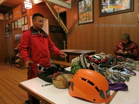briefing on alpine sport climbing