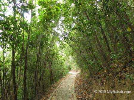 jogging track to the Sunset Point