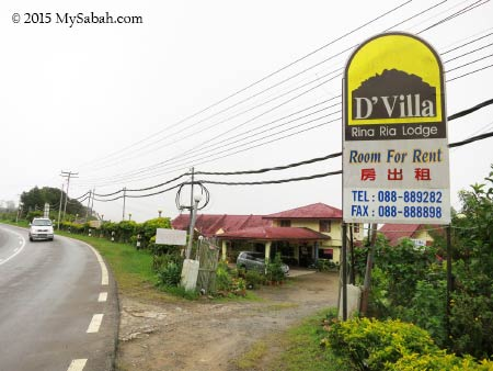 D'Villa Rina Ria Lodge at road side