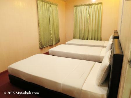 triple-sharing bedroom of Tahubang Lodge