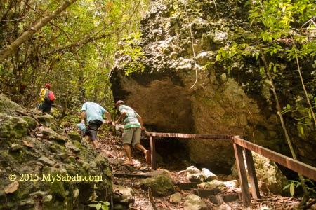 jungle trekking to the peak of Bohey Dulang