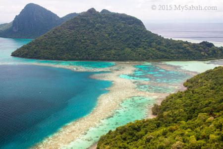 channel between Bodgaya and Bohey Dulang