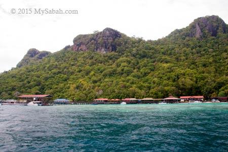 Sabah Parks center on Bohey Dulang