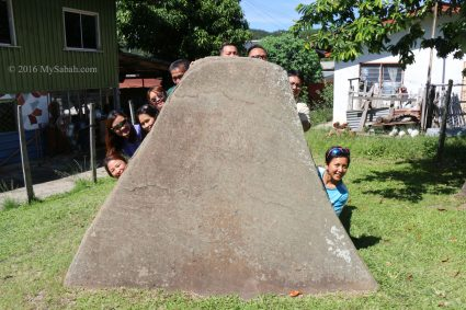 Watu Tinuridung stone was used as bullet shield by the rebels in old days