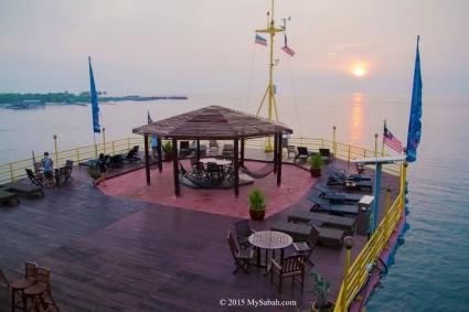 Upper deck of Seaventures Dive Rig