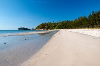 Bawang Jamal Beach