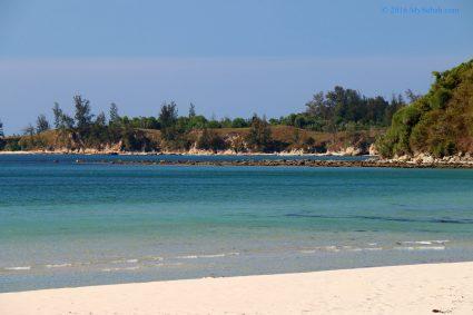 End of Bawang Jamal Beach